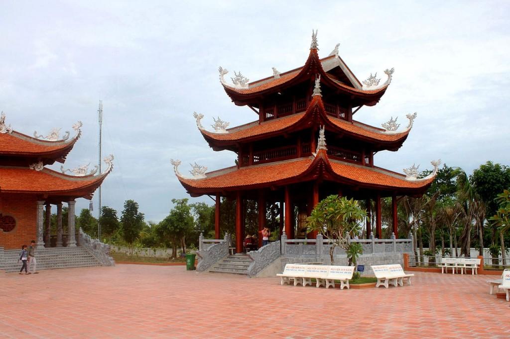 Lầu chuông Thiền viện Trúc Lâm Phương Nam