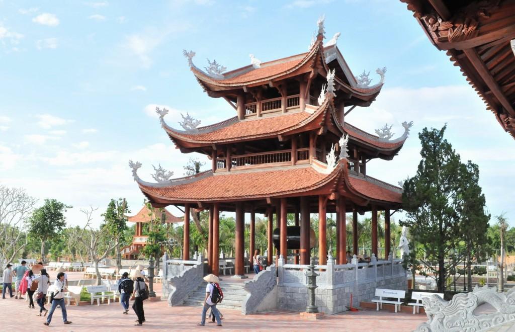 Lầu trống Thiền viện Trúc Lâm Phương Nam